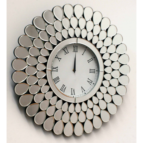 Reloj de pared con formas de Pavo Real.